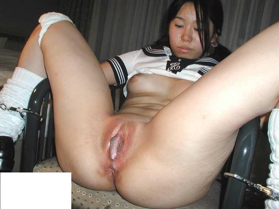 This guy shaved young schoolgirl naked mmmmmmmmmmmmmmmmmmm